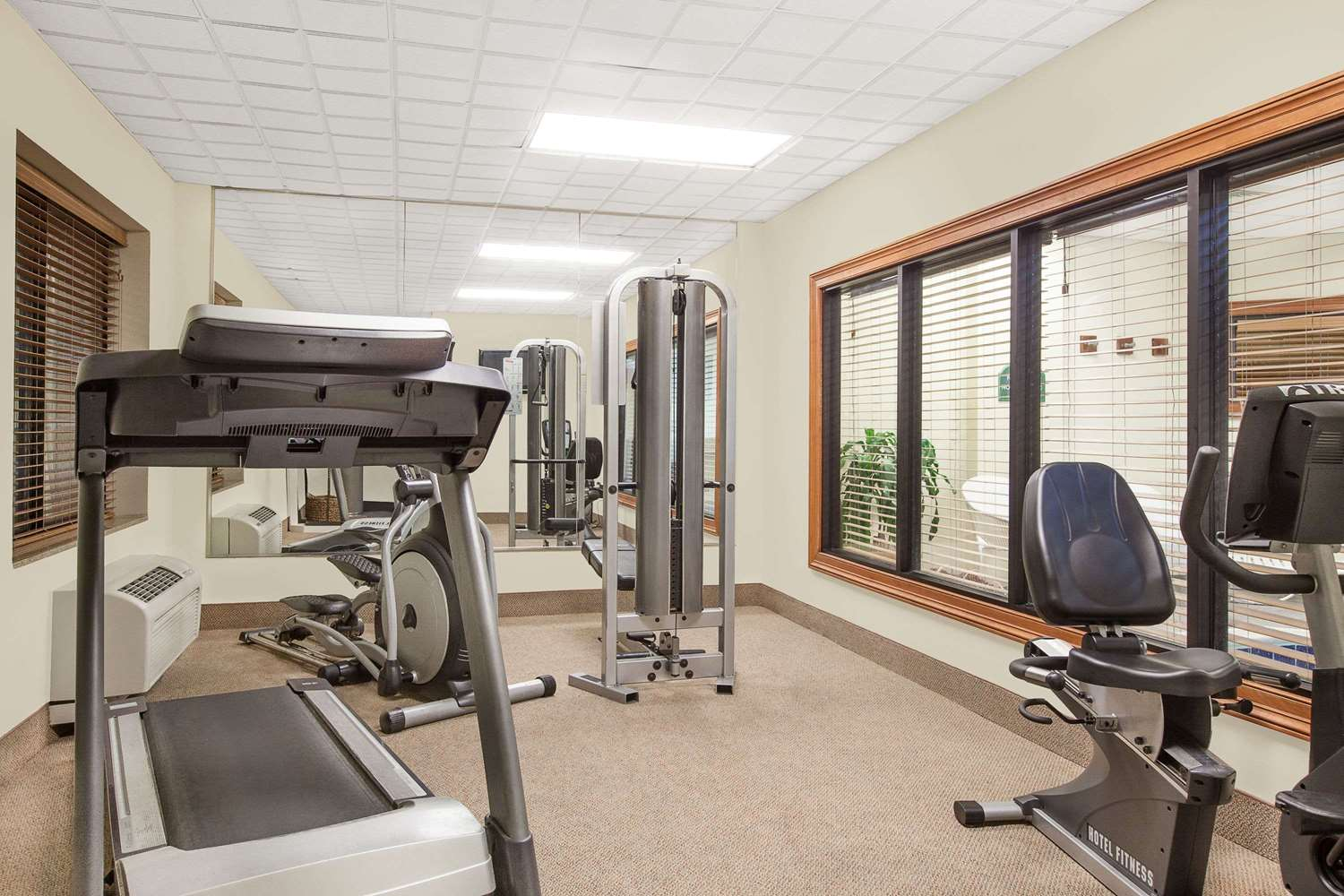 Fitness/ Exercise Room - Wingate by Wyndham Hotel Lafayette