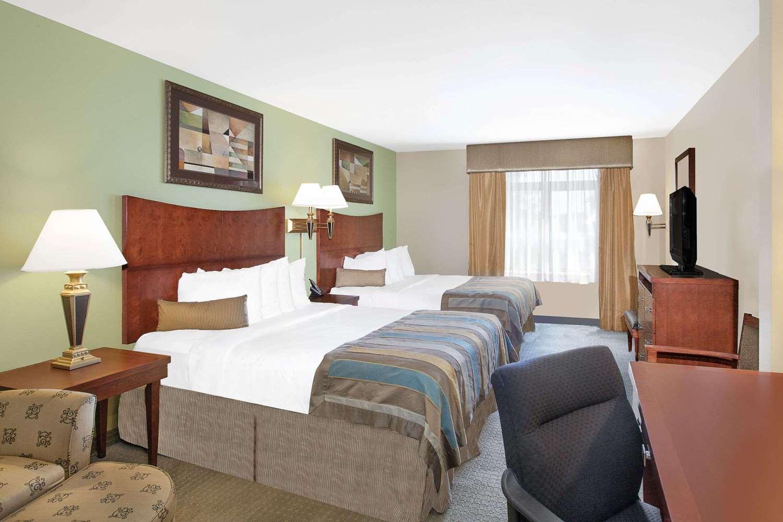 Room - Wingate by Wyndham Hotel Lafayette