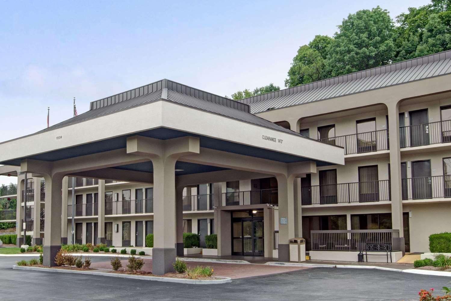 Exterior view - Baymont Inn & Suites Briley Airport Nashville