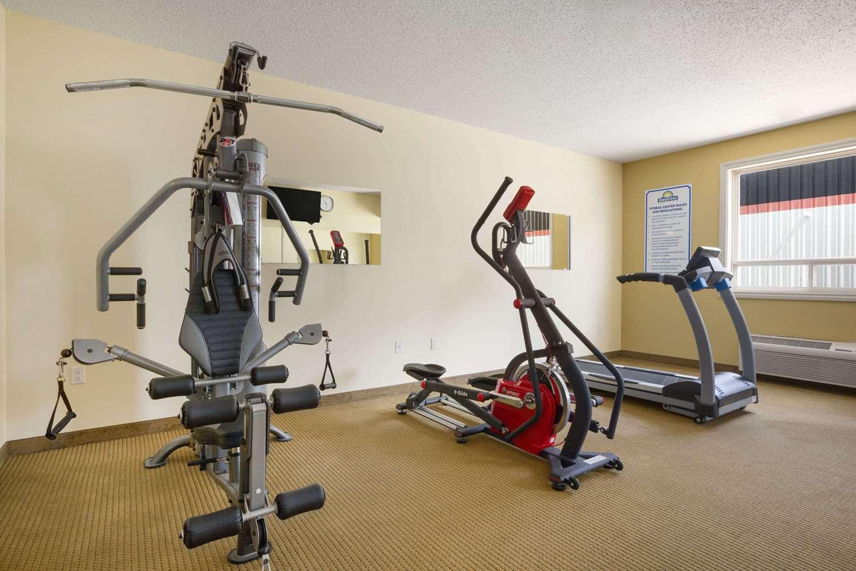 Fitness/ Exercise Room - Days Inn Bonnyville