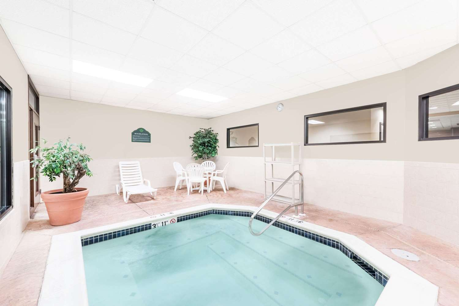 Pool - Wingate by Wyndham Hotel Lancaster