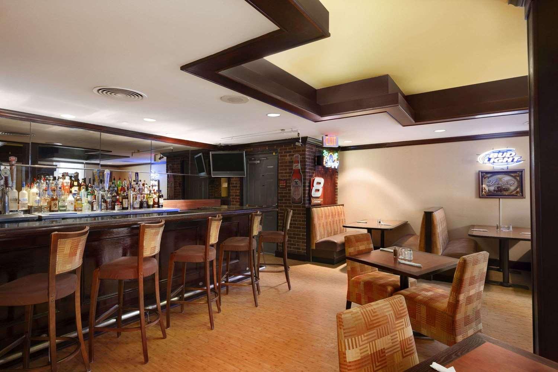 Bar - Ramada Hotel Newark