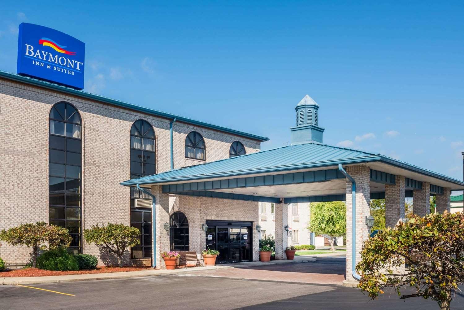 Exterior view - Baymont Inn & Suites Indianapolis Airport Plainfield