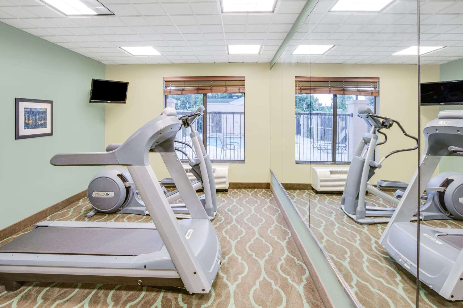 Fitness/ Exercise Room - Wingate by Wyndham Hotel Bossier City