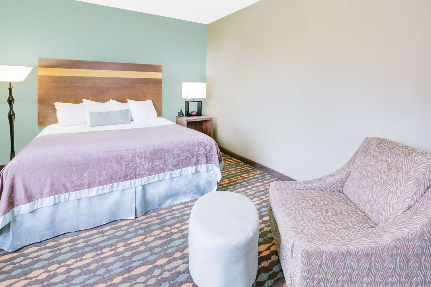 Suite - Wingate by Wyndham Hotel Bossier City