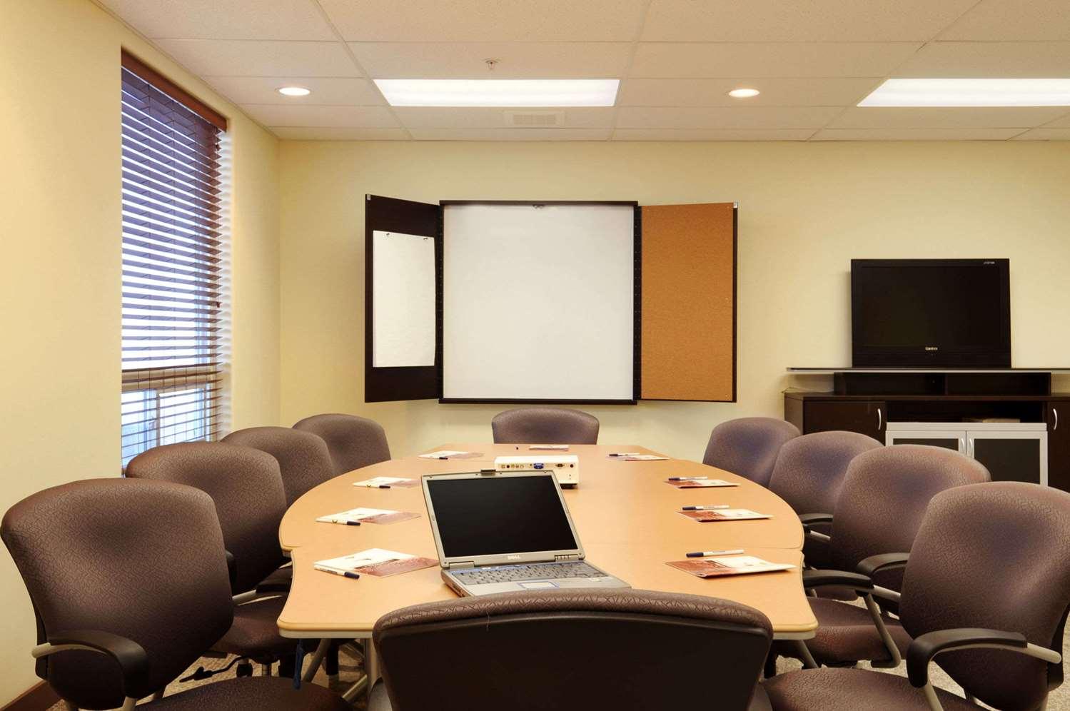 Meeting Facilities - Days Inn Grande Prairie
