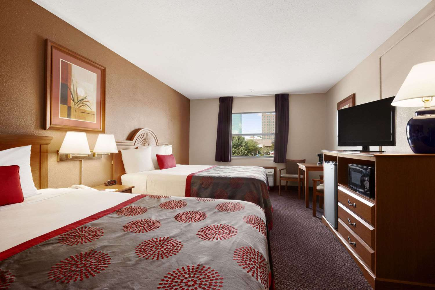 Room - Ramada Hotel City Centre Sioux City