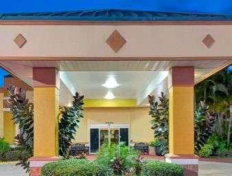 Exterior view - Baymont Inn & Suites Florida Mall Orlando