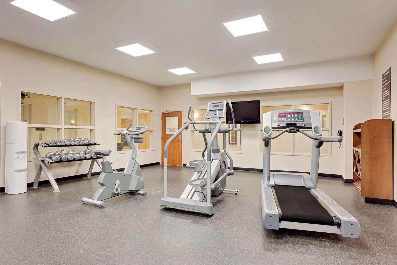 Fitness/ Exercise Room - Ramada Inn Lac La Biche