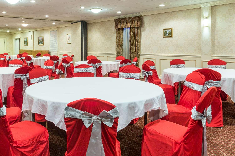 Meeting Facilities - Days Inn East Stroudsburg