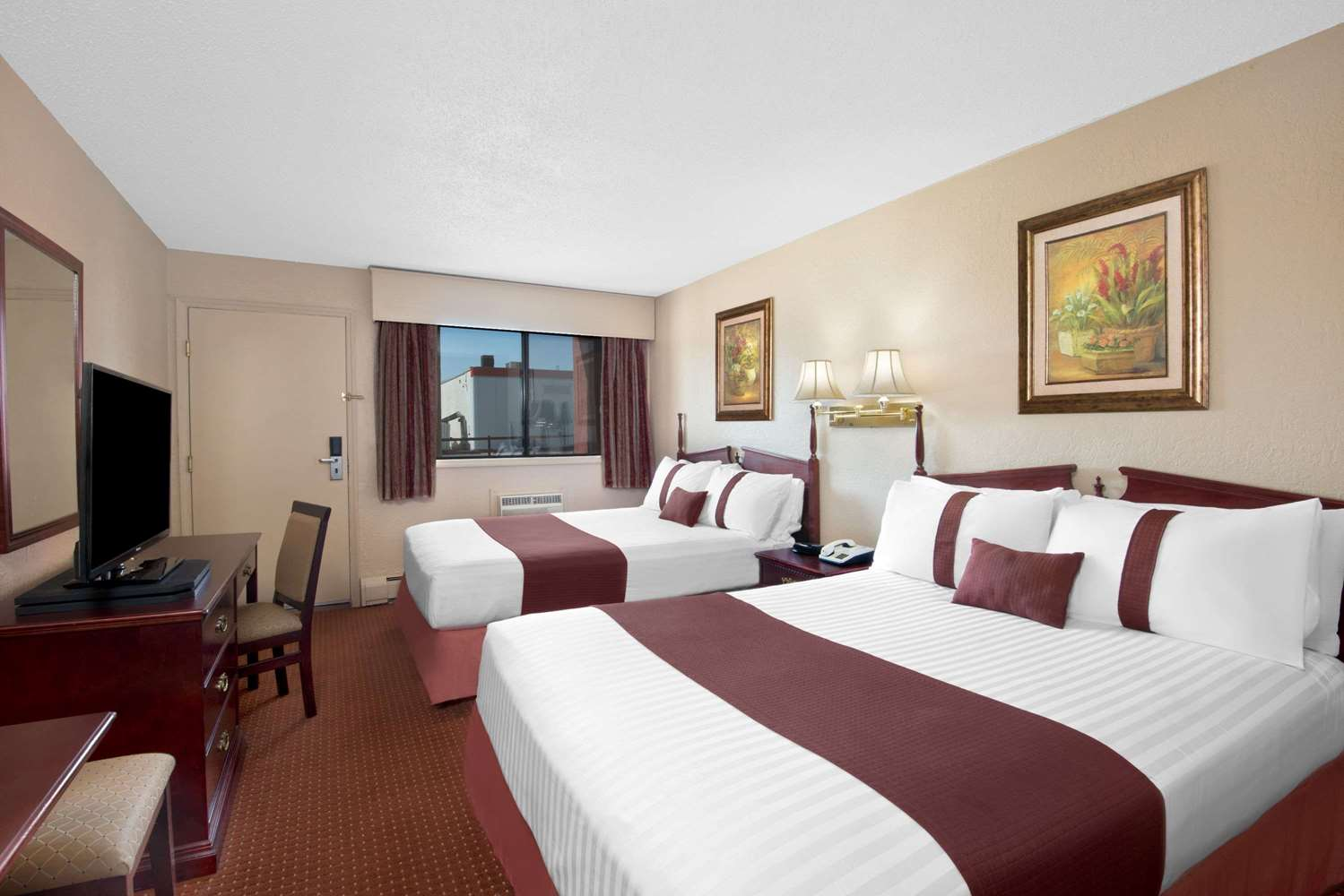 Room - Howard Johnson Inn Red Deer