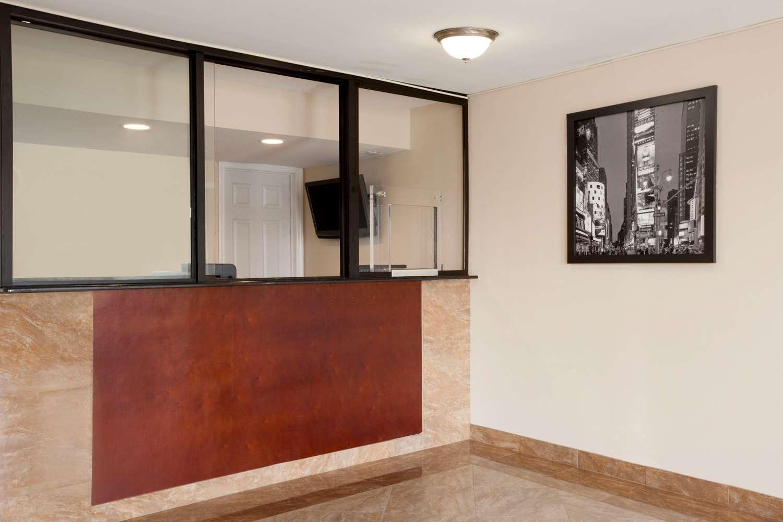 Lobby - Super 8 Hotel Rahway