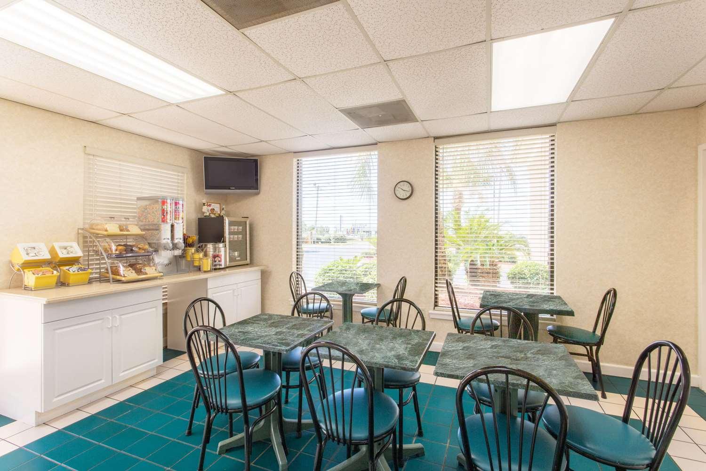 proam - Days Inn & Suites Navarre