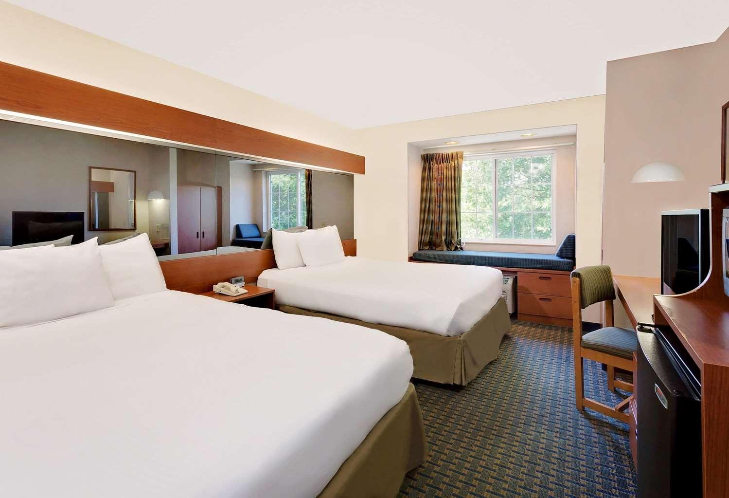Room - Microtel Inn by Wyndham Winston-Salem