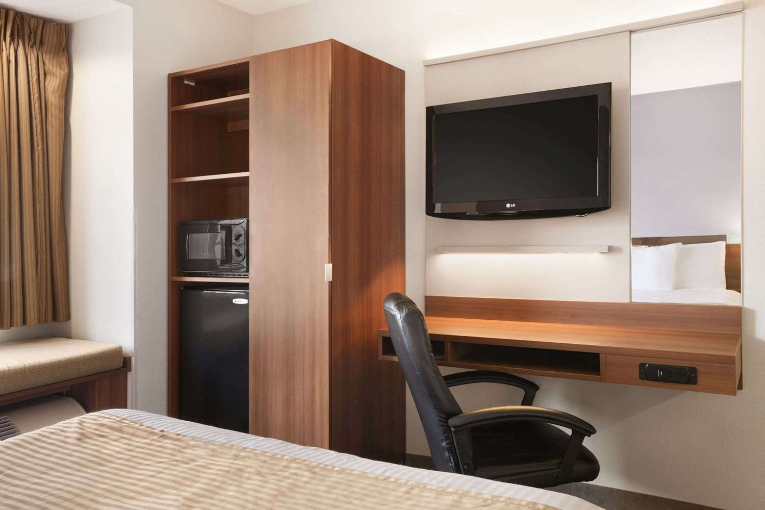 Room - Microtel Inn by Wyndham Albany Airport Latham