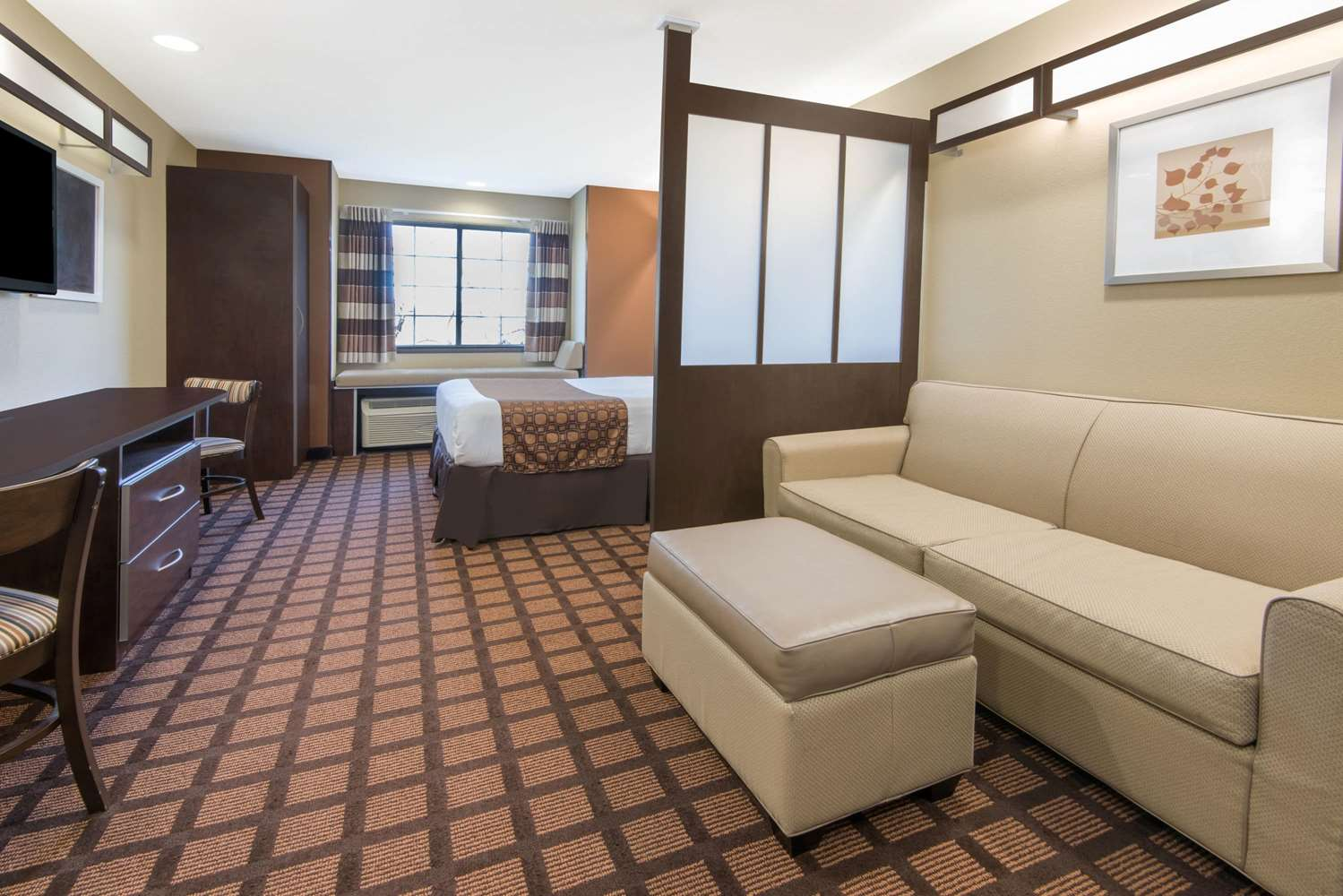 Suite - Microtel Inn & Suites by Wyndham North Canton