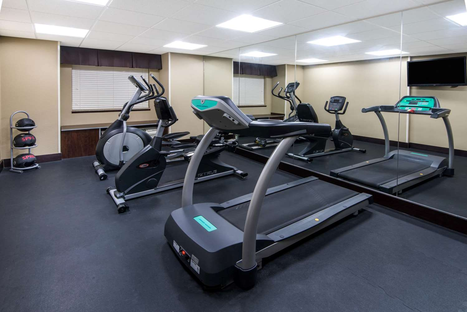 Fitness/ Exercise Room - Microtel Inn & Suites by Wyndham North Canton