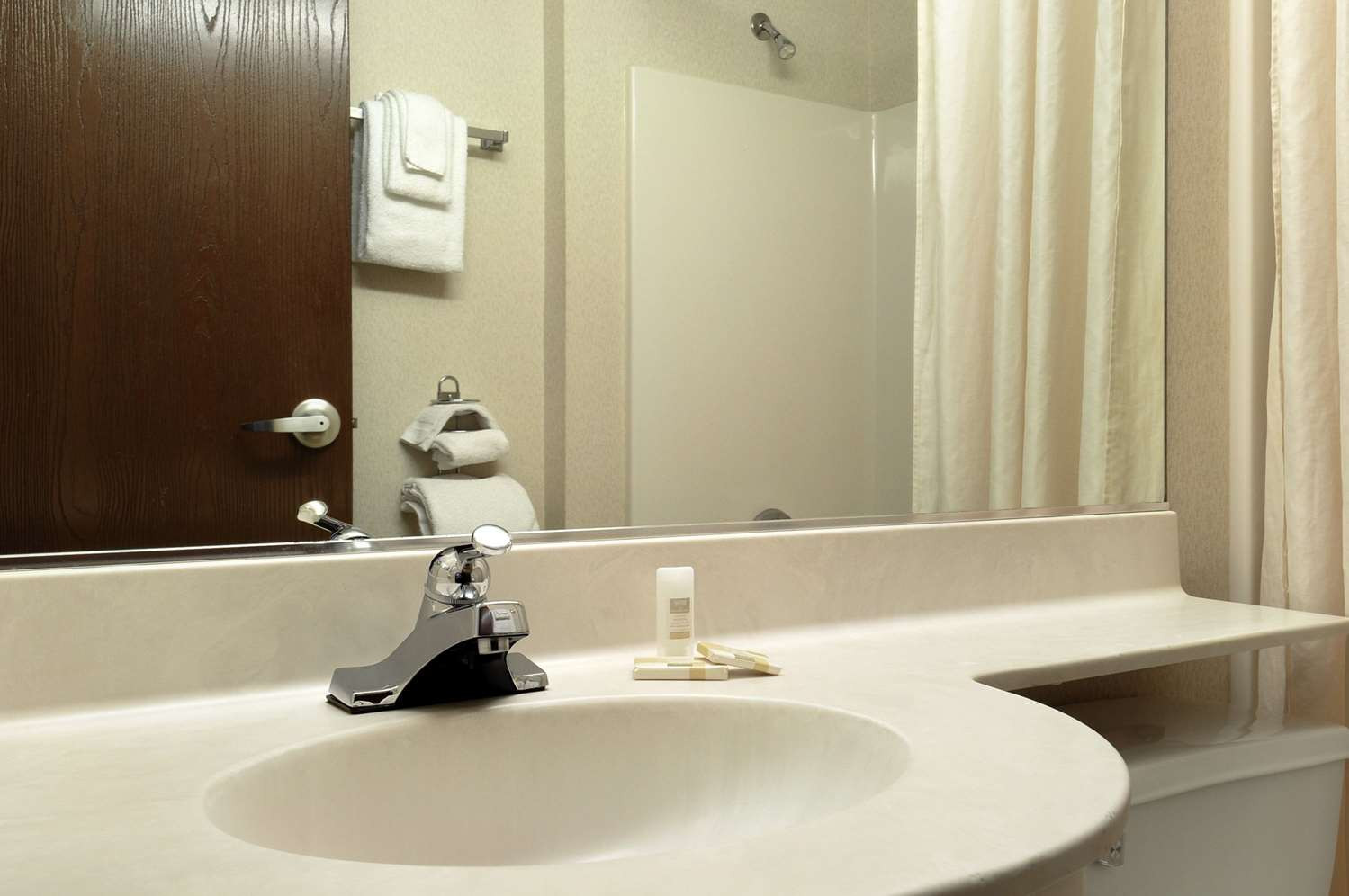 Room - Microtel Inn by Wyndham Mall of America Bloomington