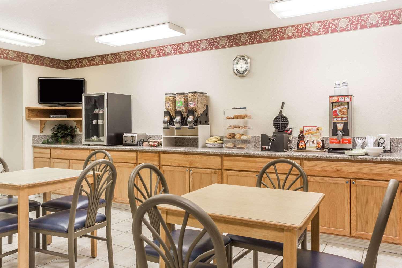 proam - Microtel Inn & Suites by Wyndham Brush