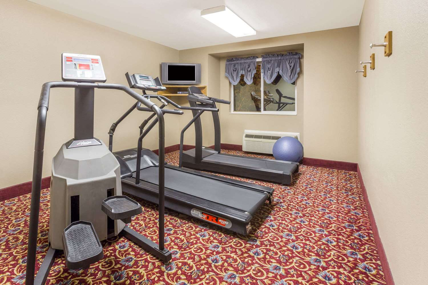 Fitness/ Exercise Room - Microtel Inn & Suites by Wyndham Brush