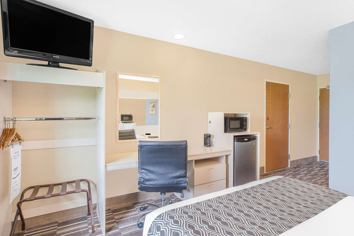 Room - Microtel Inn by Wyndham Clear Lake