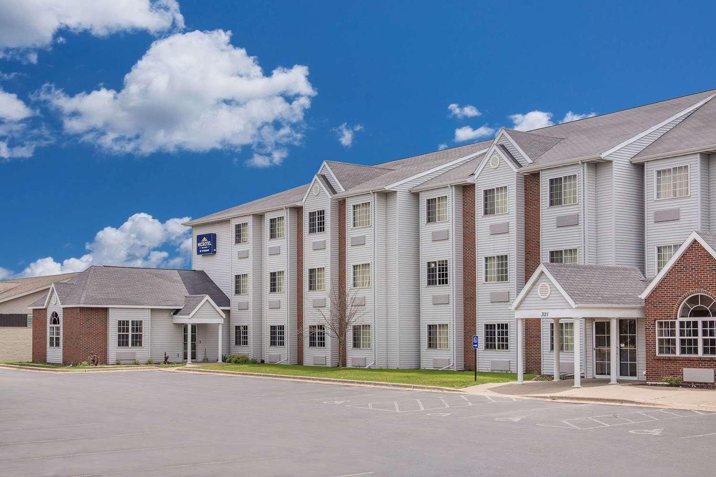 Exterior view - Microtel Inn & Suites by Wyndham Appleton