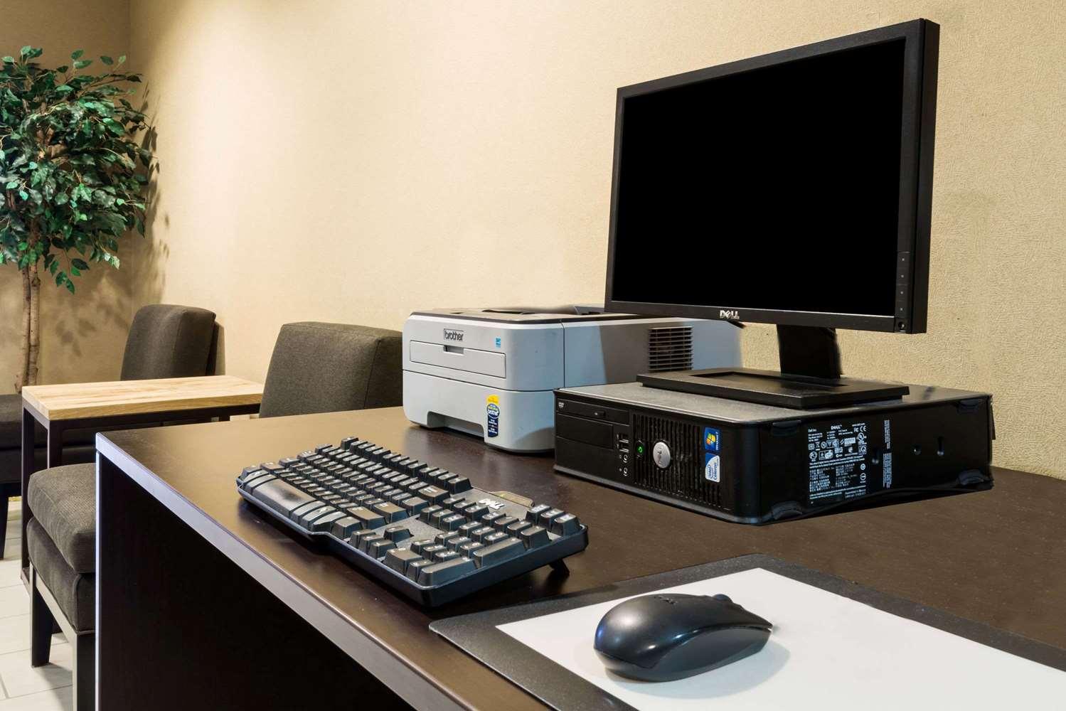 Conference Area - Microtel Inn & Suites by Wyndham Pueblo