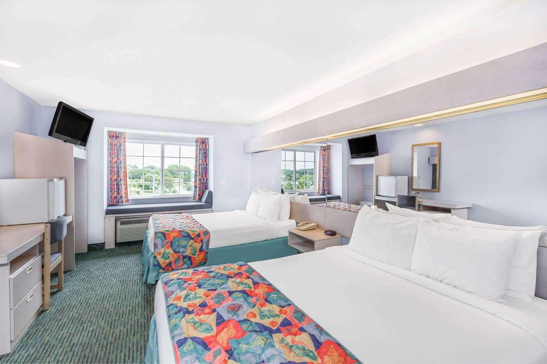 Room - Microtel Inn & Suites by Wyndham Carolina Beach