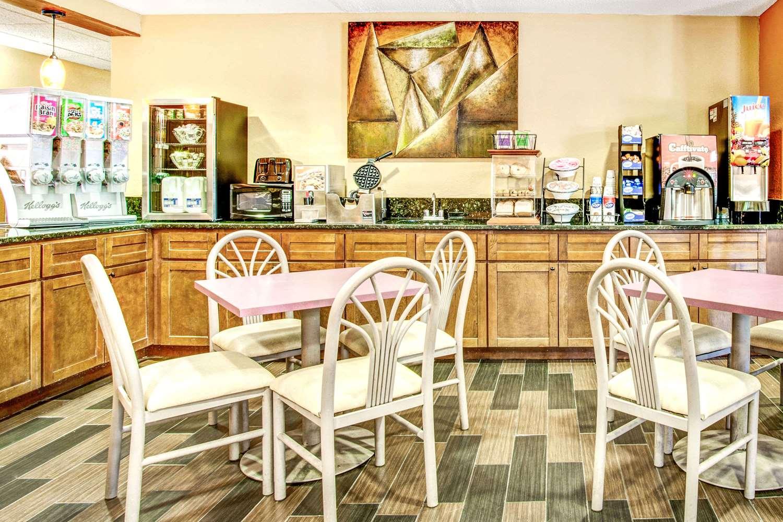proam - Microtel Inn by Wyndham Newport News