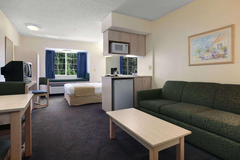 Suite - Microtel Inn & Suites by Wyndham Palm Coast