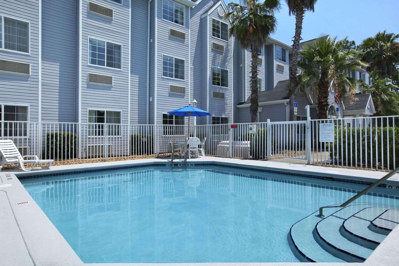 Pool - Microtel Inn & Suites by Wyndham Palm Coast