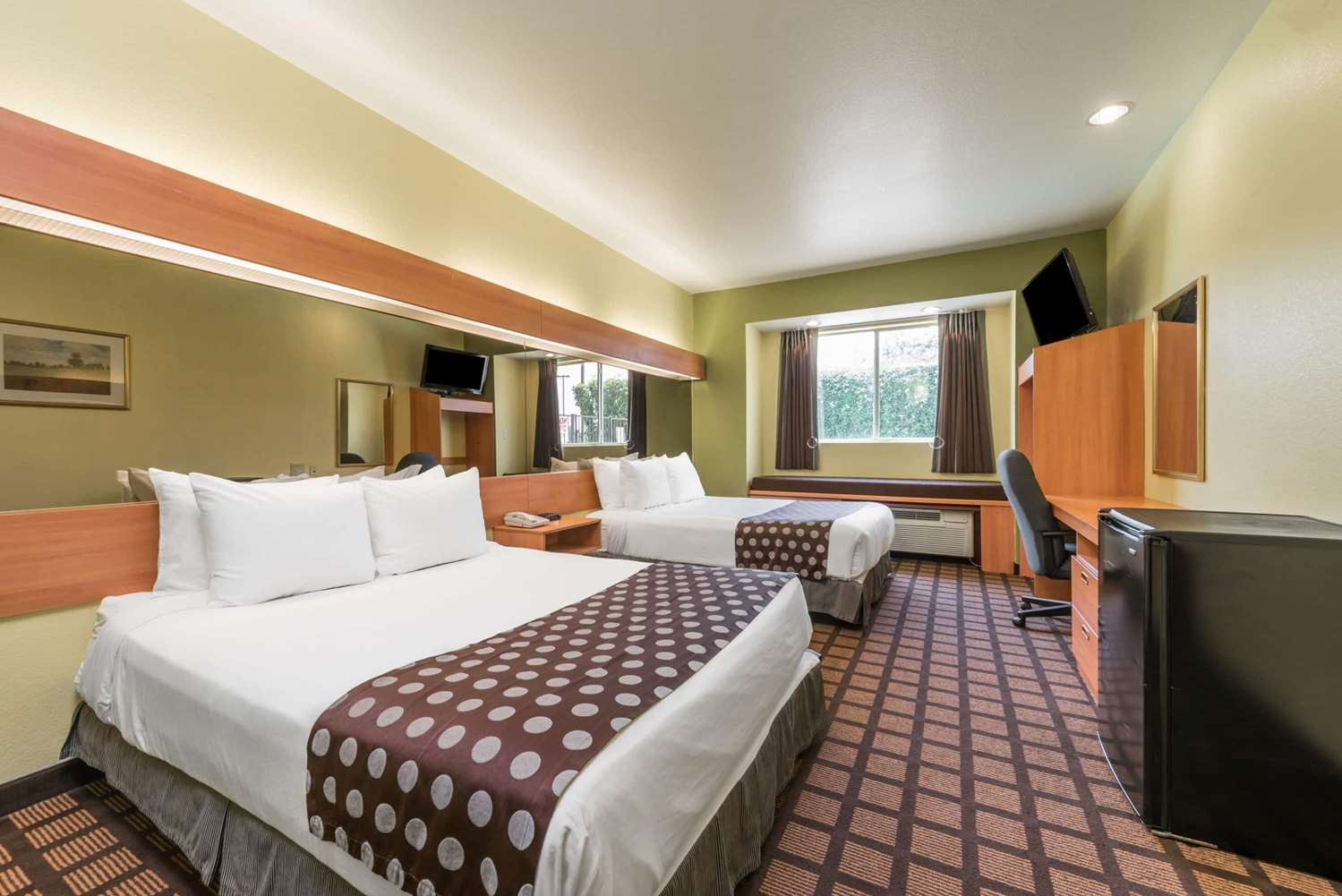 Room - Microtel Inn & Suites by Wyndham North Fort Worth