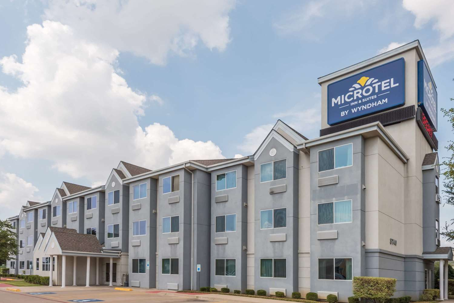 Exterior view - Microtel Inn & Suites by Wyndham North Fort Worth