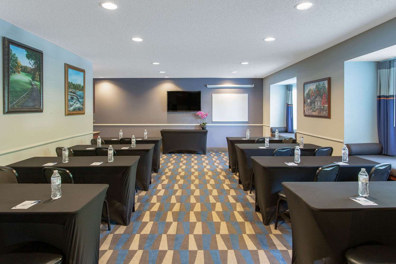 Meeting Facilities - Microtel Inn by Wyndham Lillington