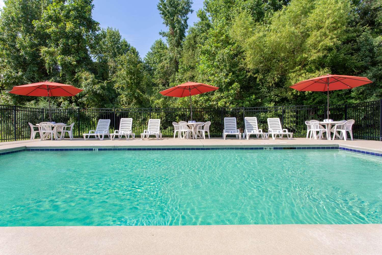 Pool - Microtel Inn by Wyndham Lillington