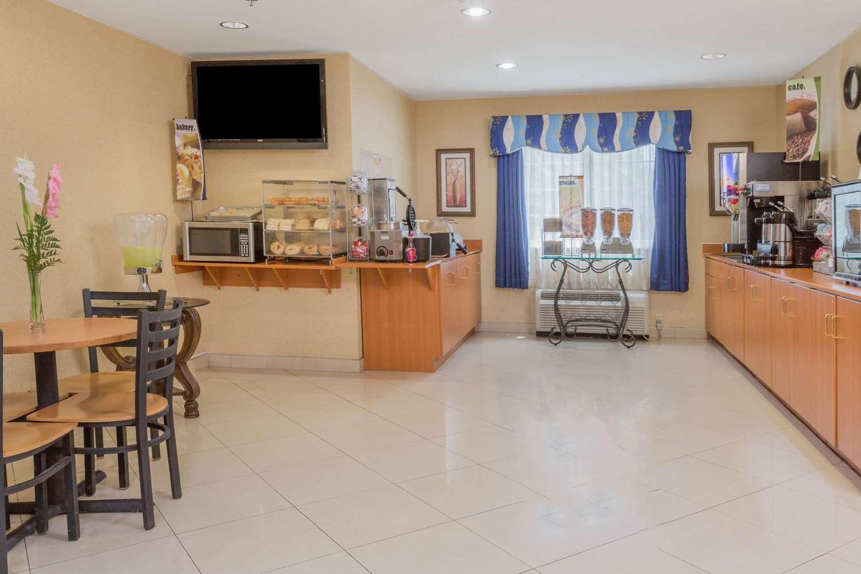 proam - Microtel Inn & Suites by Wyndham Kingsland