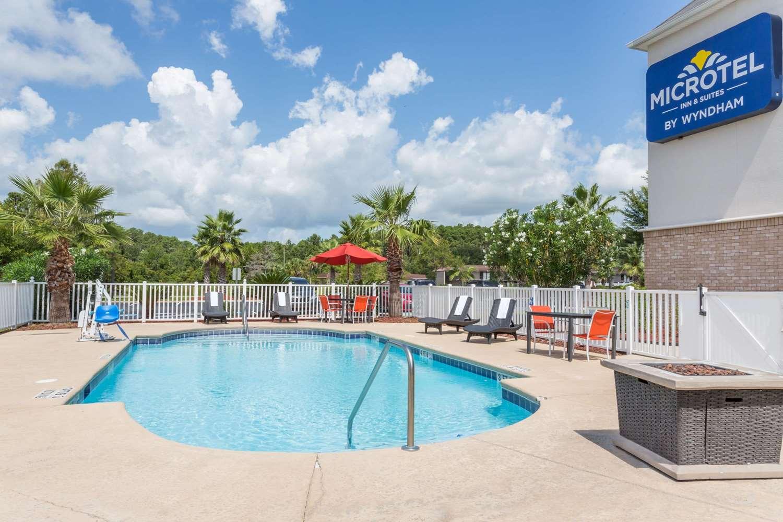 Pool - Microtel Inn & Suites by Wyndham Kingsland