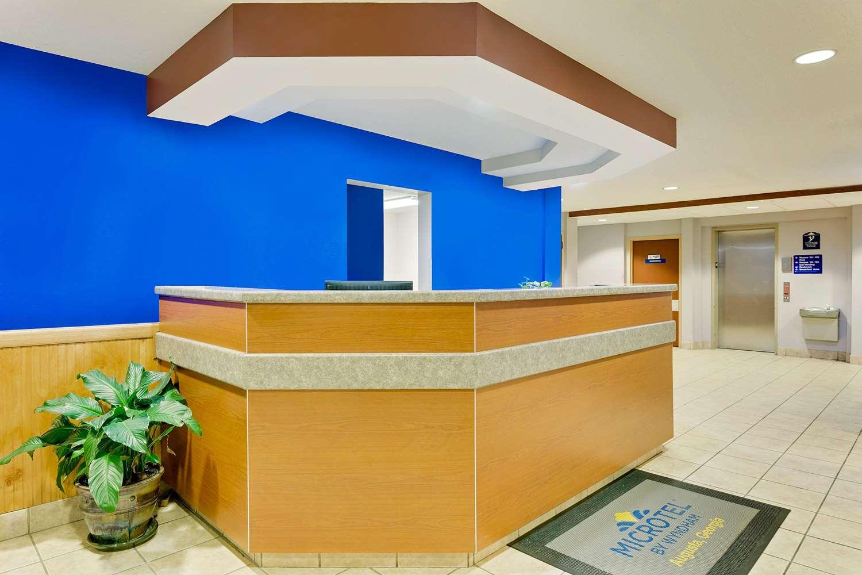 Lobby - Microtel Inn & Suites by Wyndham Augusta