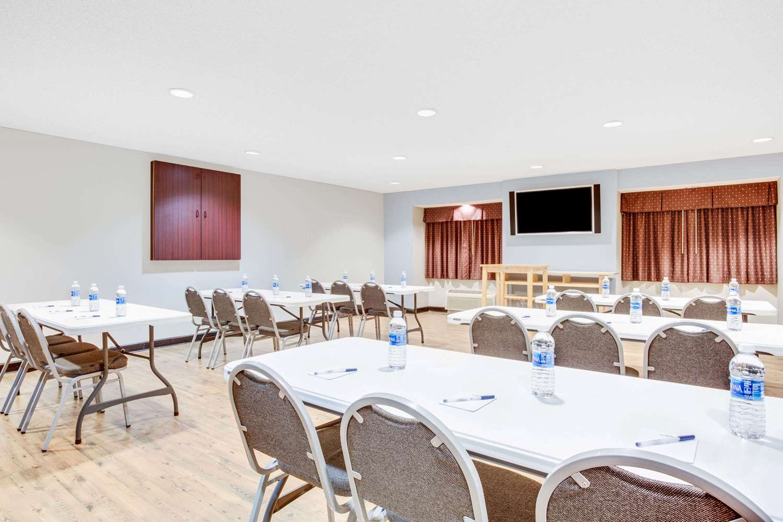 Meeting Facilities - Microtel Inn & Suites by Wyndham North Columbus