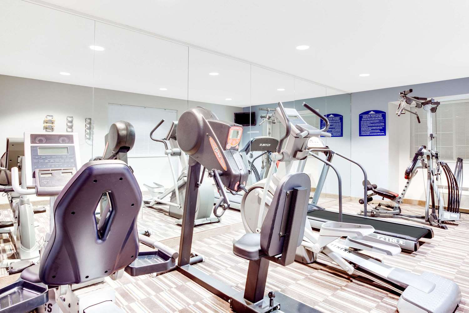 Fitness/ Exercise Room - Microtel Inn & Suites by Wyndham North Columbus