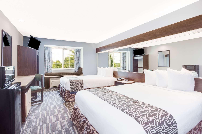 Microtel Inn & Suites by Wyndham North Columbus, GA - See Discounts