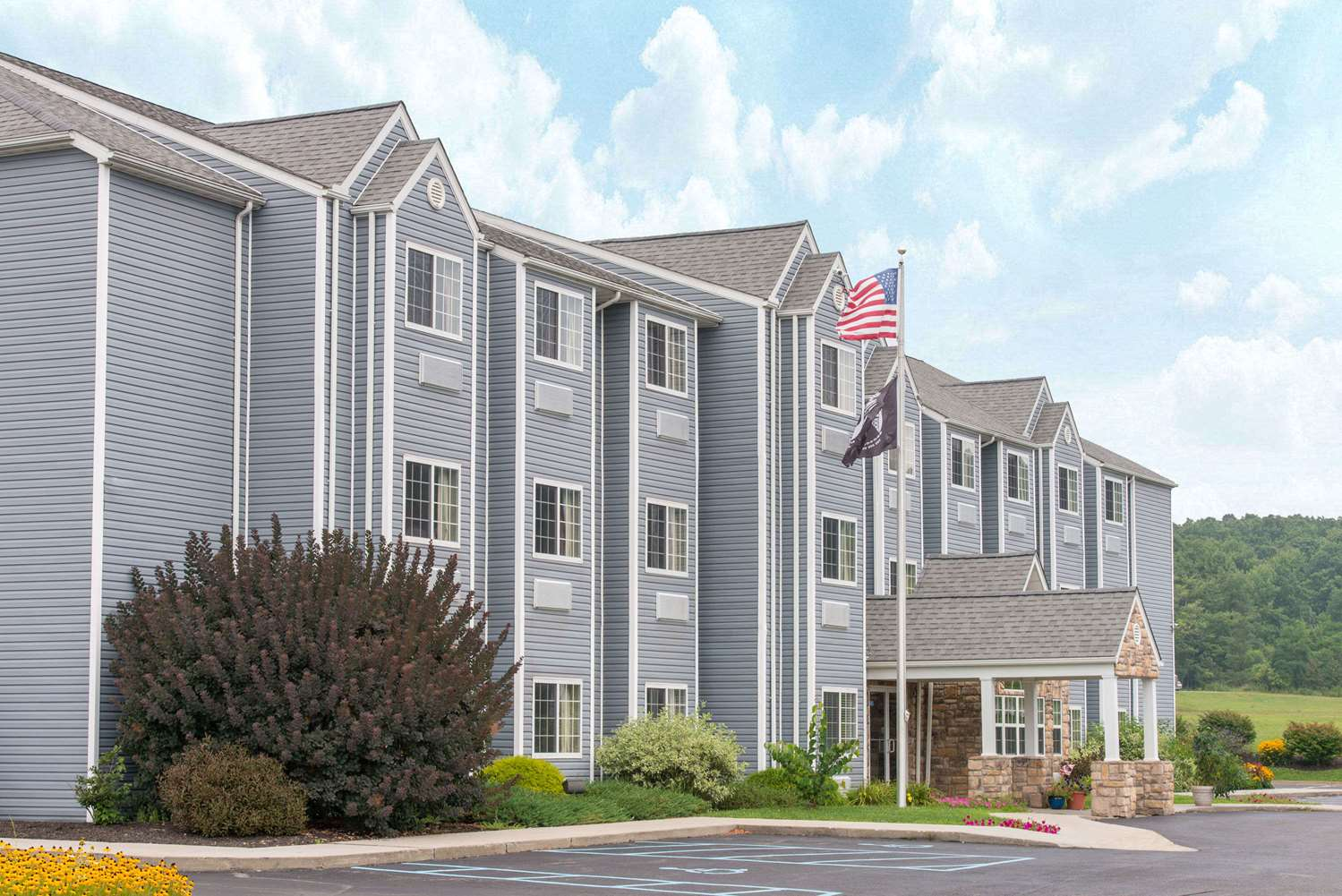 Exterior view - Microtel Inn & Suites by Wyndham Hazelton