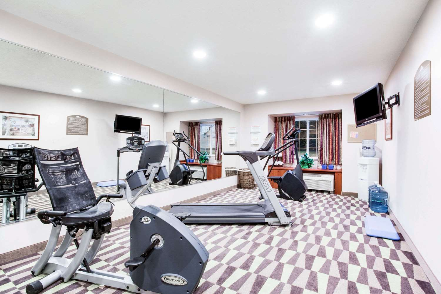 Fitness/ Exercise Room - Microtel Inn by Wyndham Olean