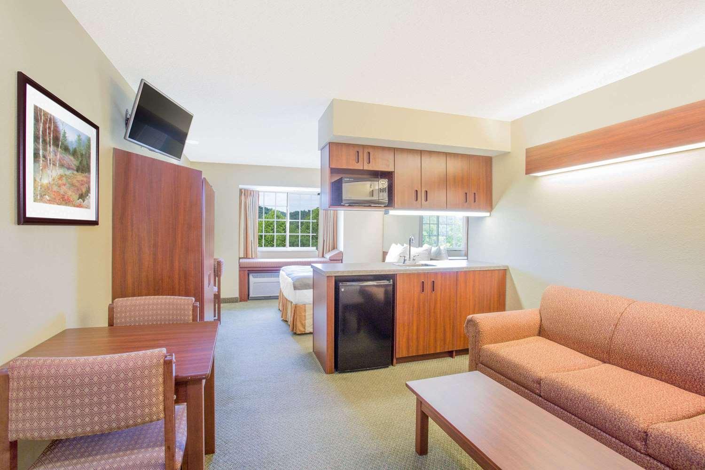 Room - Microtel Inn & Suites by Wyndham Gassaway
