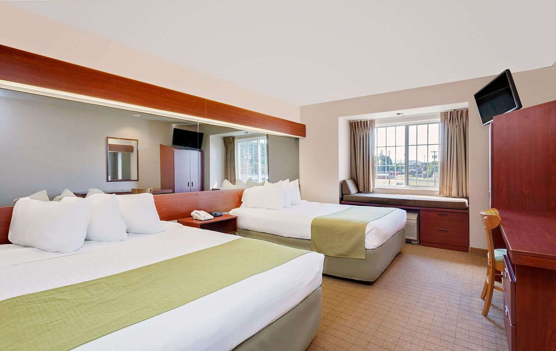 Room - Microtel Inn & Suites by Wyndham Wellsville