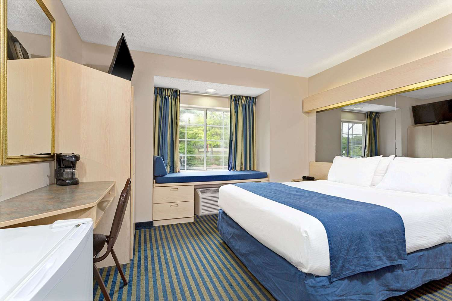 Microtel Inn Amp Suites By Wyndham Florence Ky See Discounts