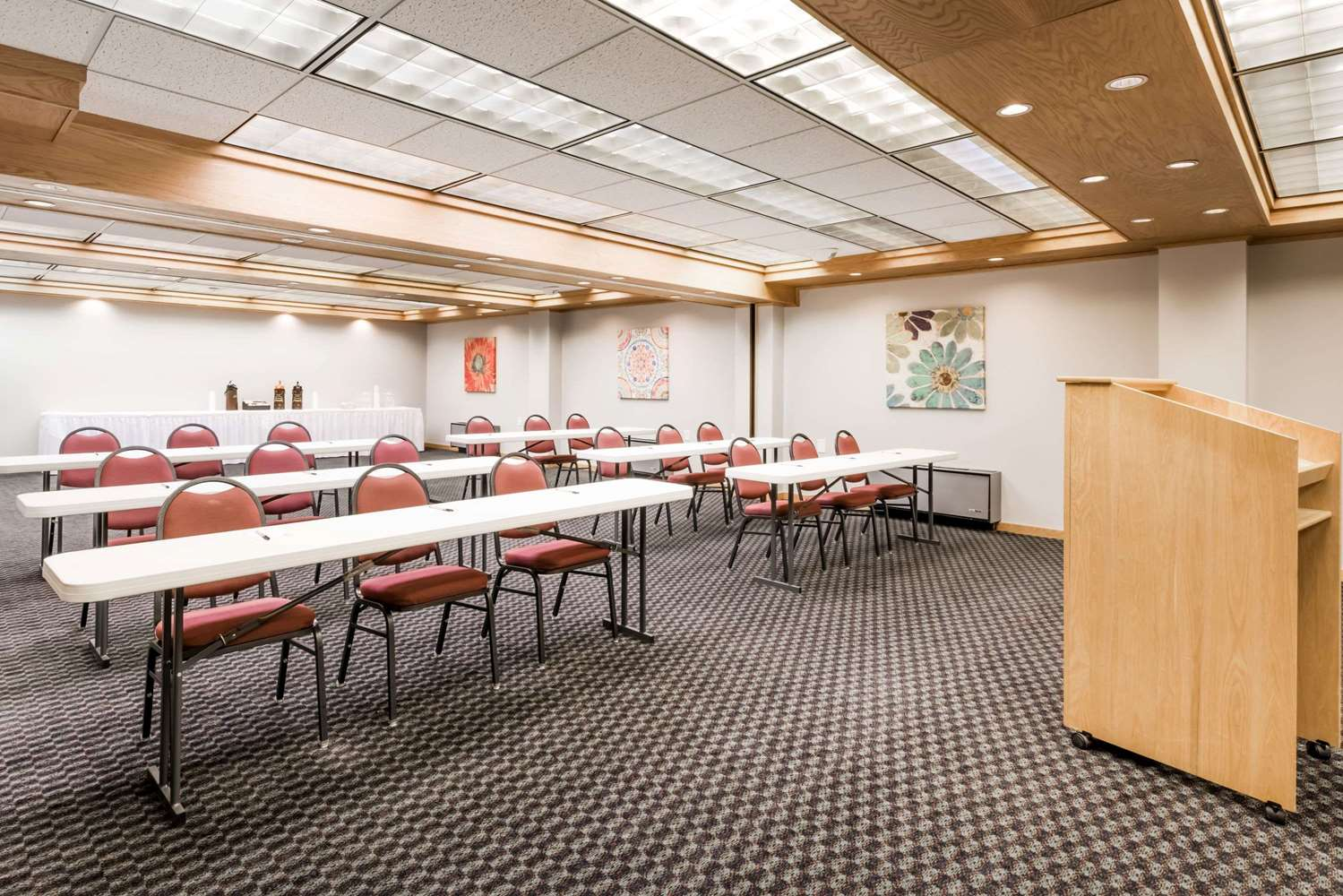 Meeting Facilities - Super 8 Hotel State College