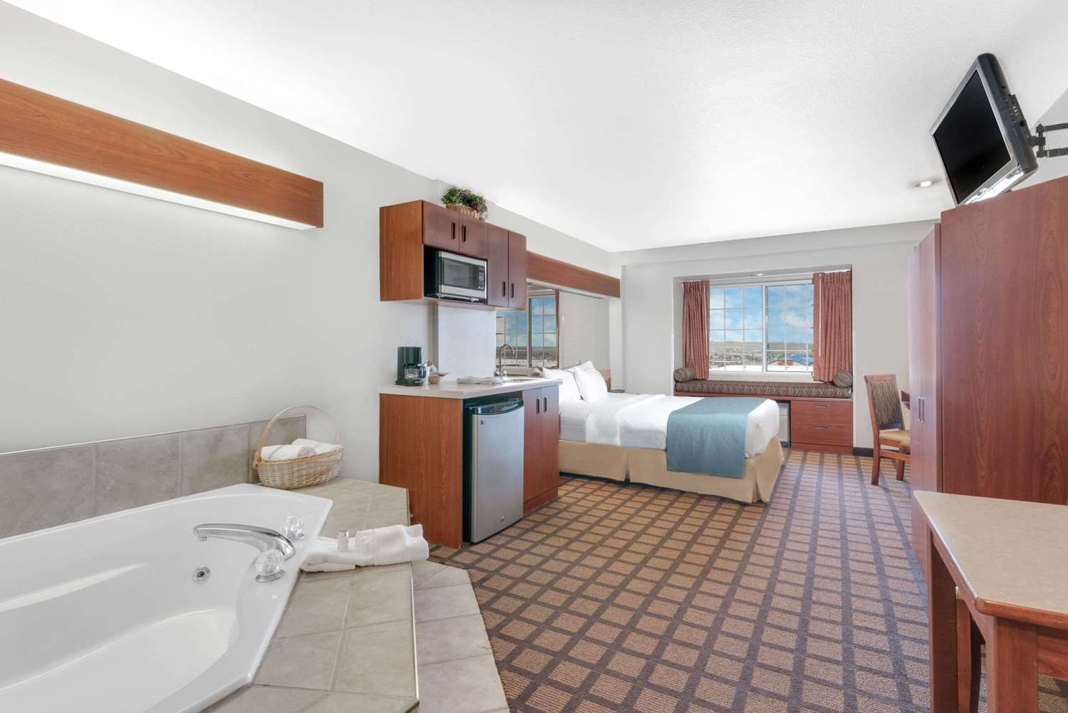 Suite - Microtel Inn & Suites by Wyndham Rapid City