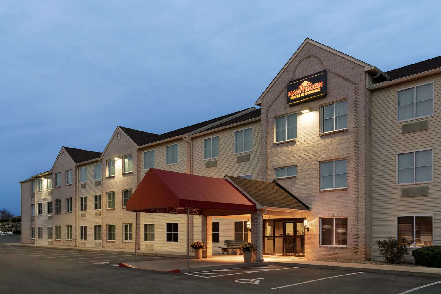 Exterior view - Hawthorn Suites by Wyndham Lancaster