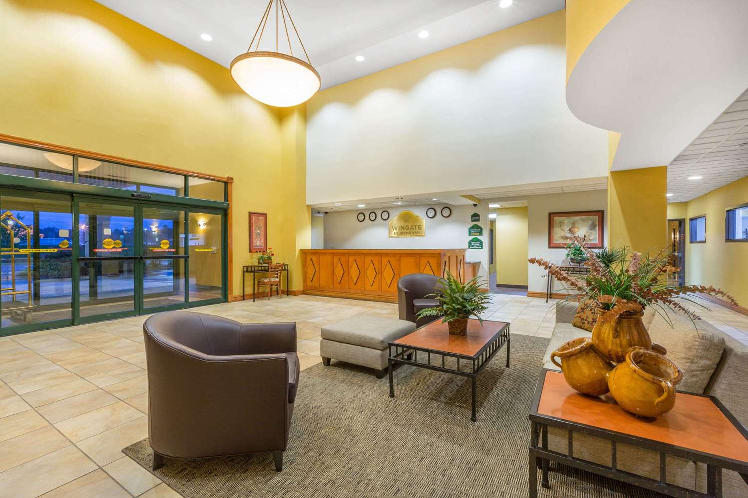 Lobby - Wingate by Wyndham Hotel West Monroe